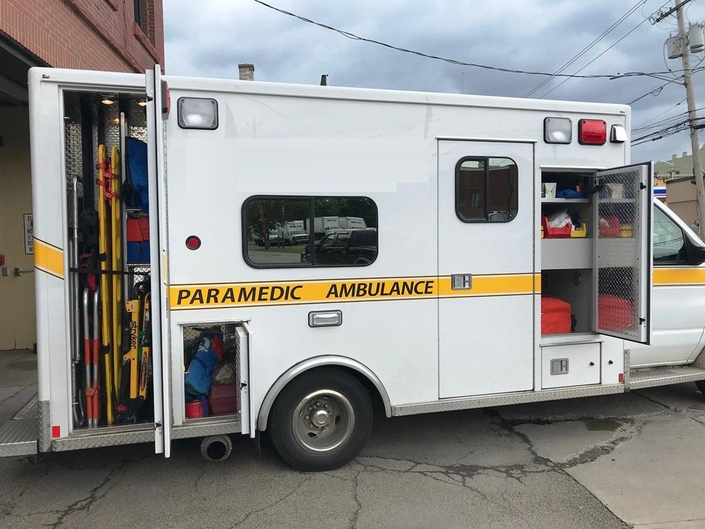 2013-E450-Used-Ambulance-13