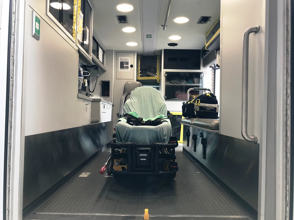 2013-E450-Used-Ambulance-15