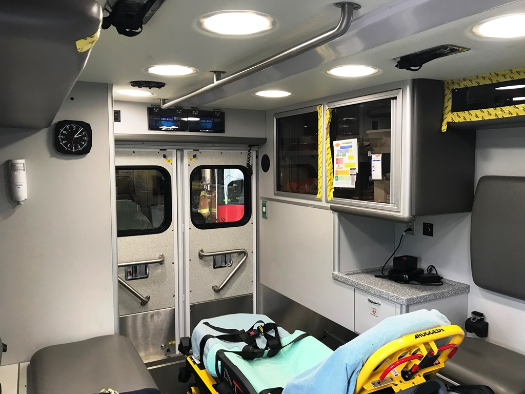 2013-E450-Used-Ambulance-20
