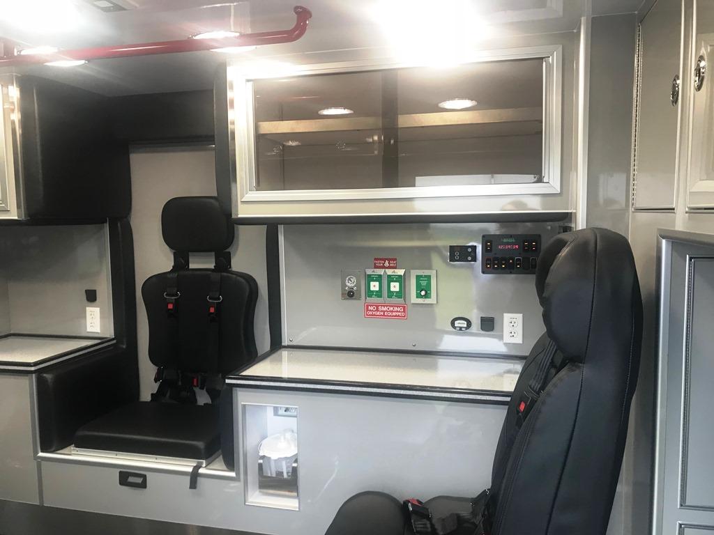 Medix Ambulance Type 1 4x4 - 12