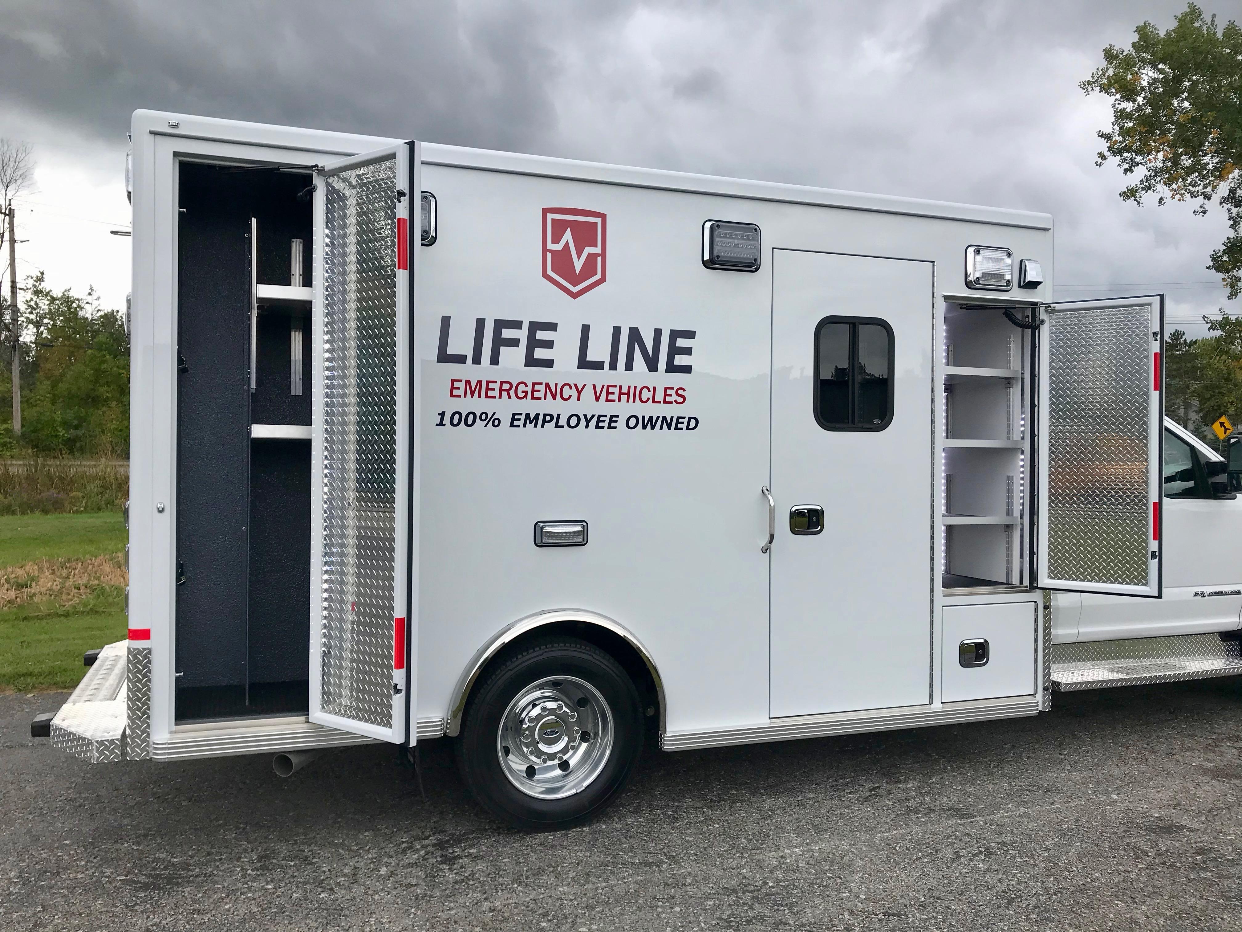 Life-Line-Ambulance-Demo-10