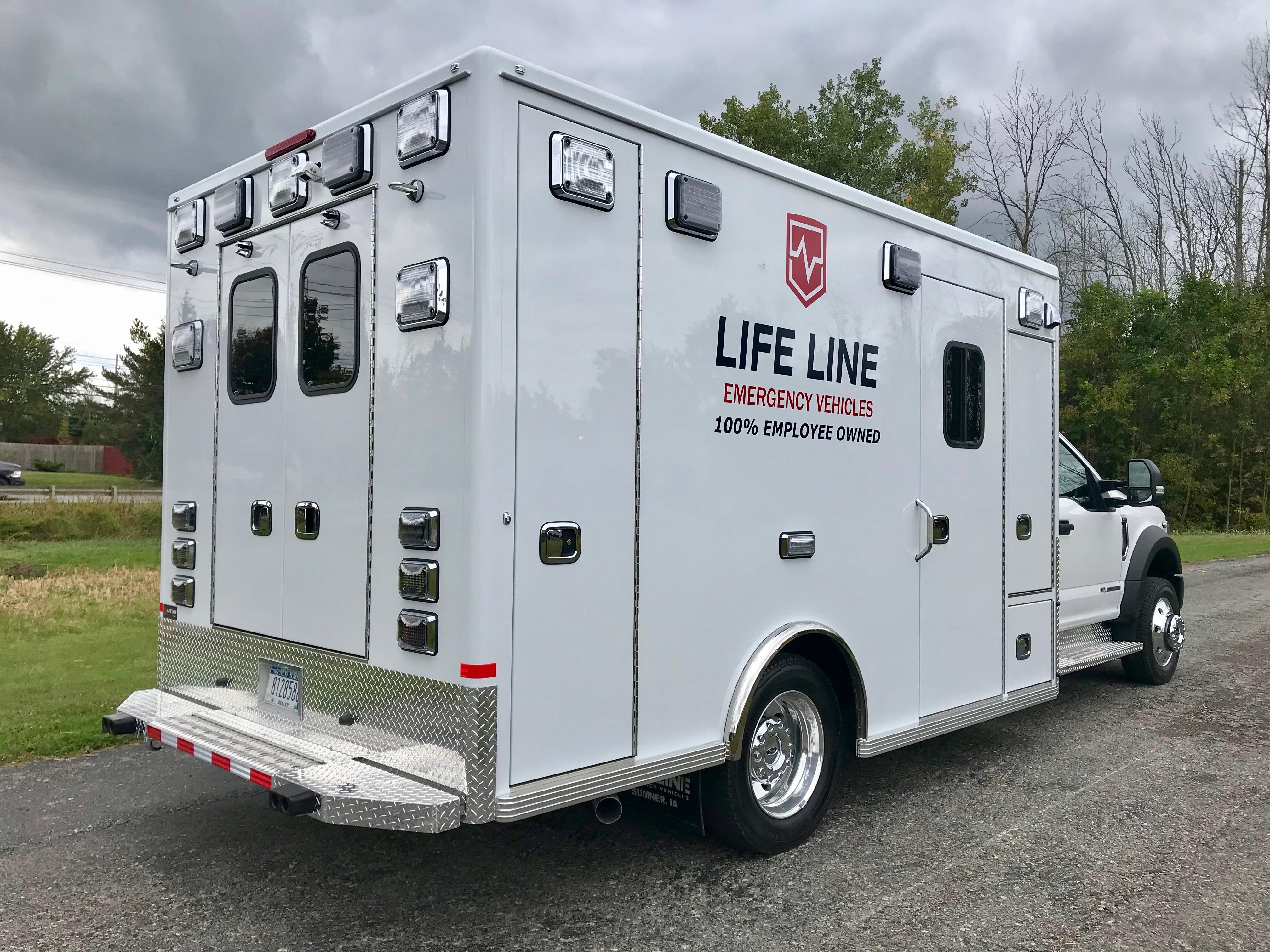 Life-Line-Ambulance-Demo-6