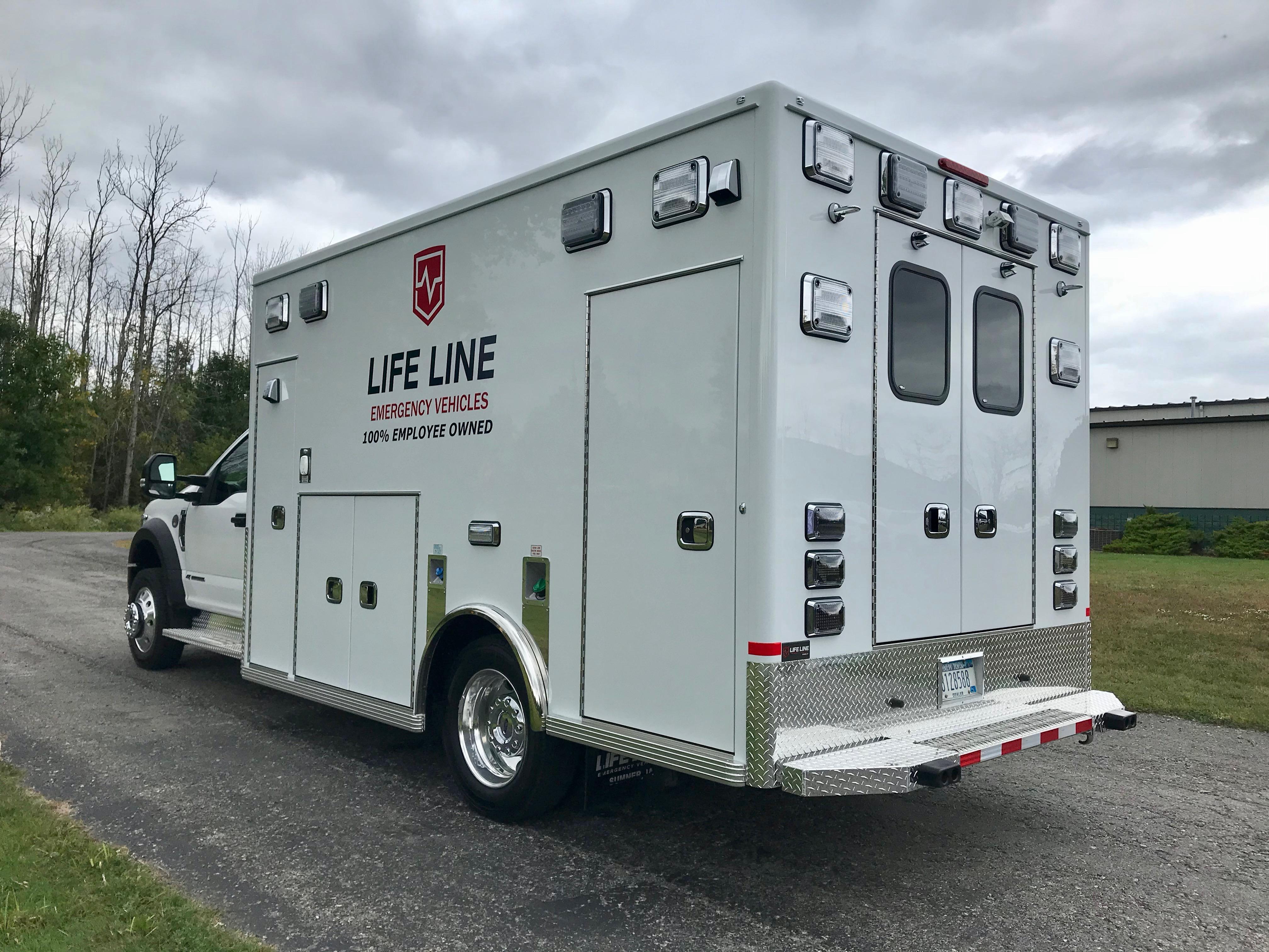 Life-Line-Ambulance-Demo-8