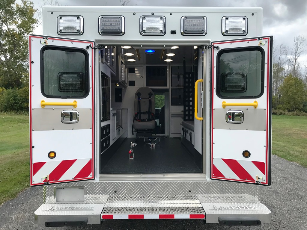 2020-Medix-Ambulance-Demo-11