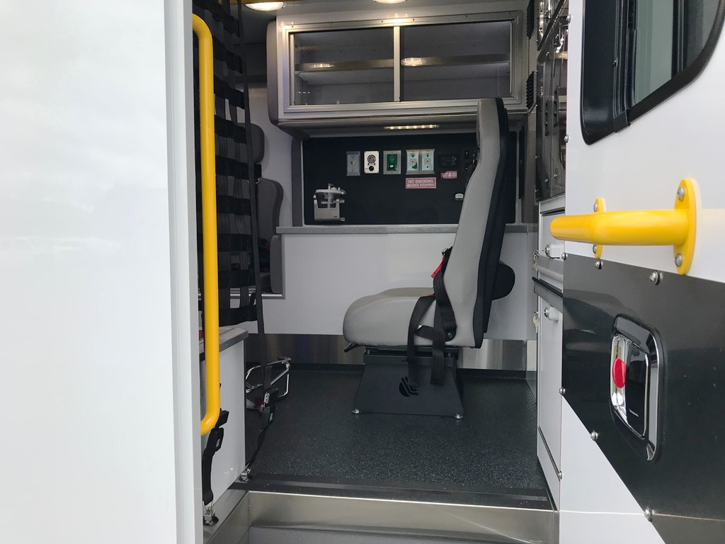 2020-Medix-Ambulance-Demo-16