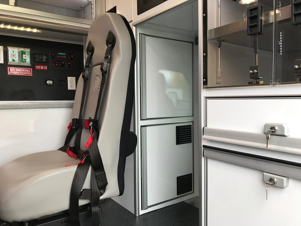 2020-Medix-Ambulance-Demo-17