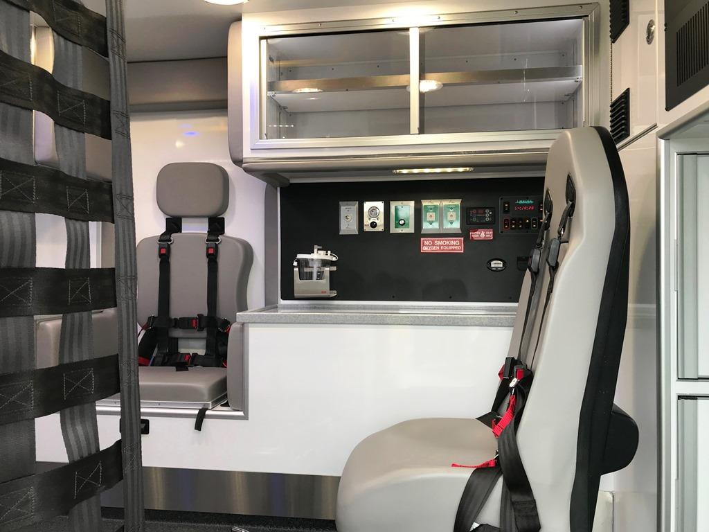 2020-Medix-Ambulance-Demo-18