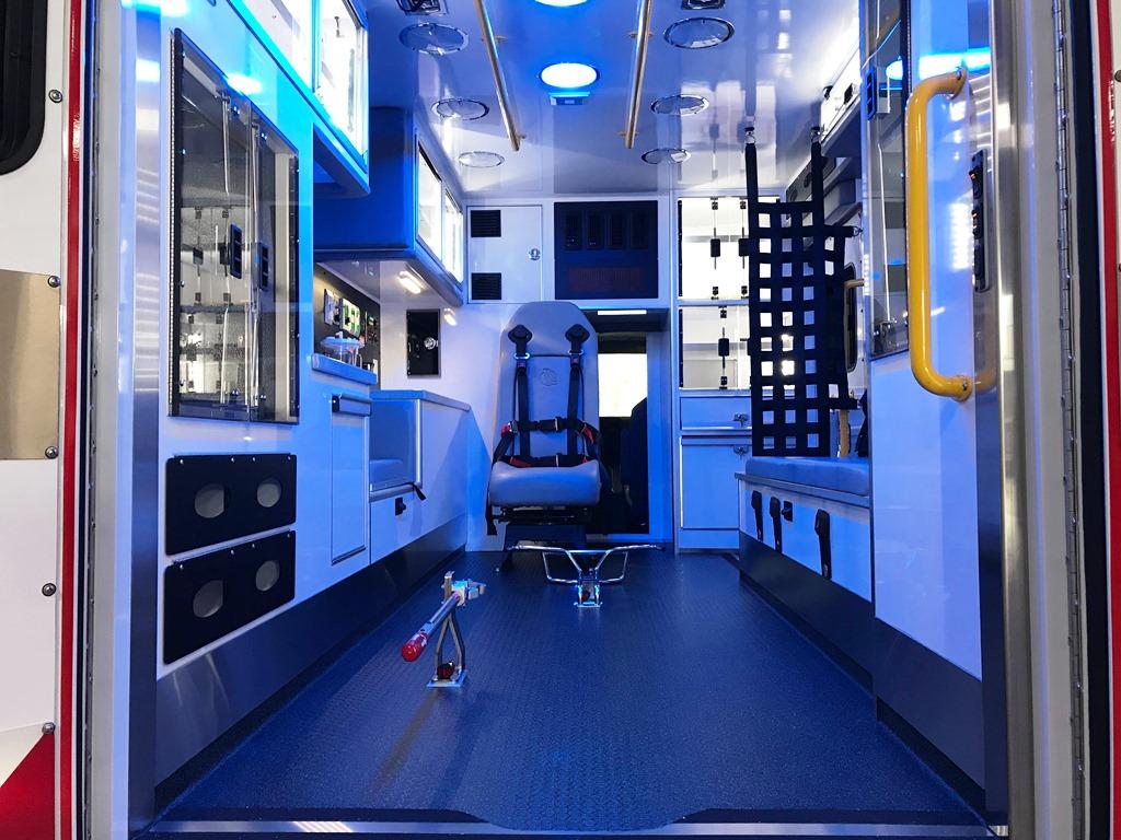 2020-Medix-Ambulance-Demo-21