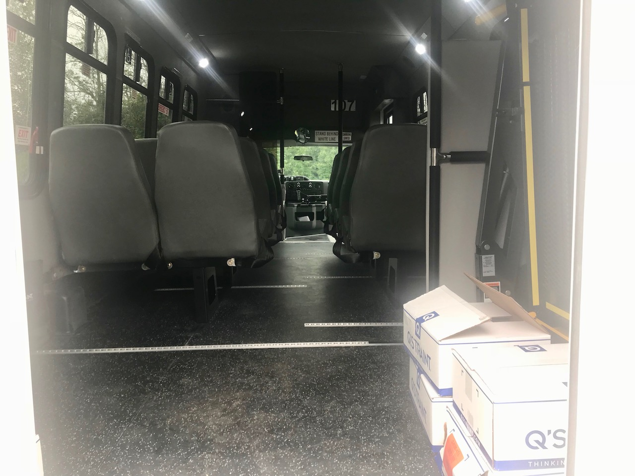 Diamond Coach - Corvus Bus - 10