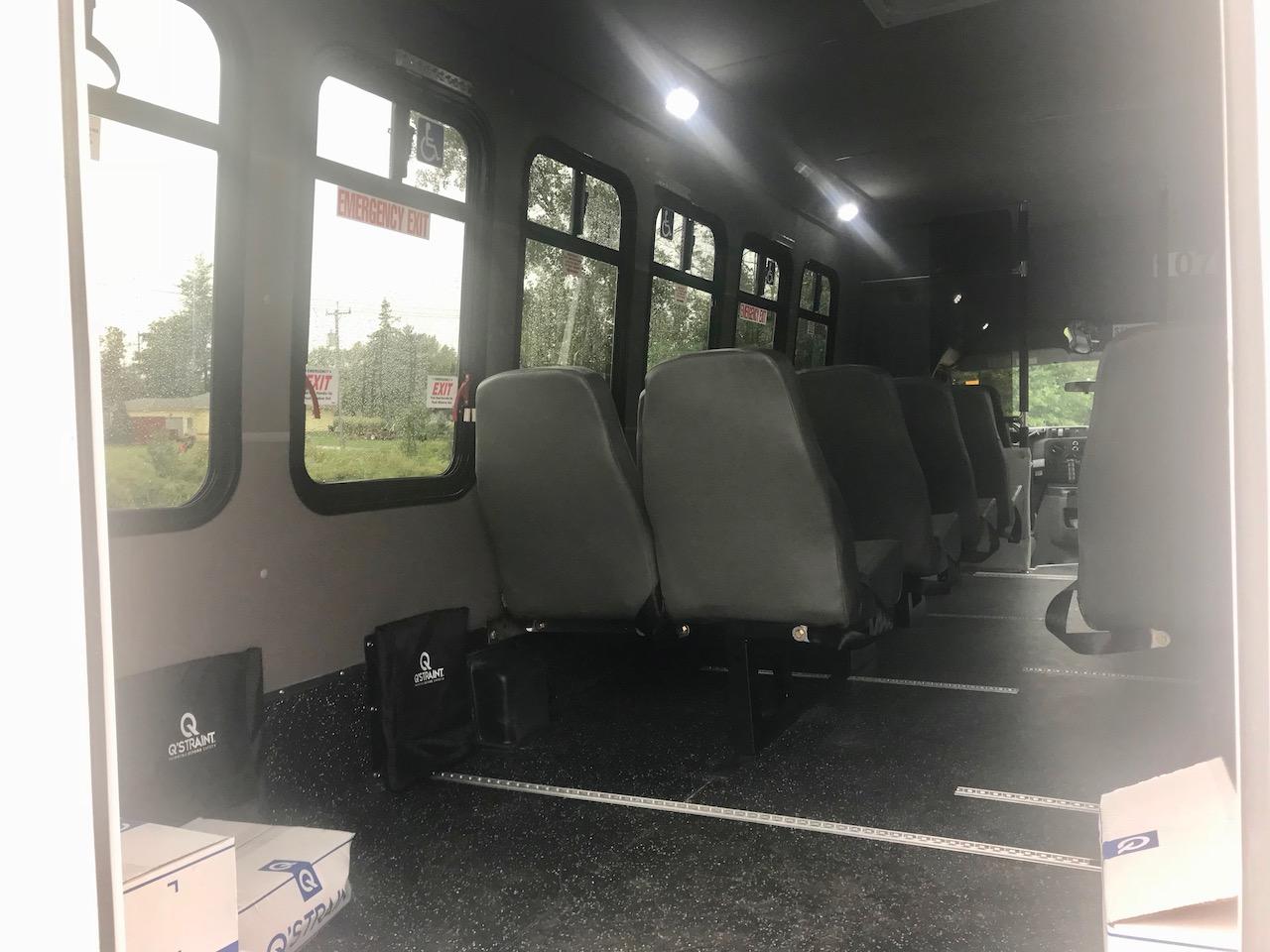 Diamond Coach - Corvus Bus - 11