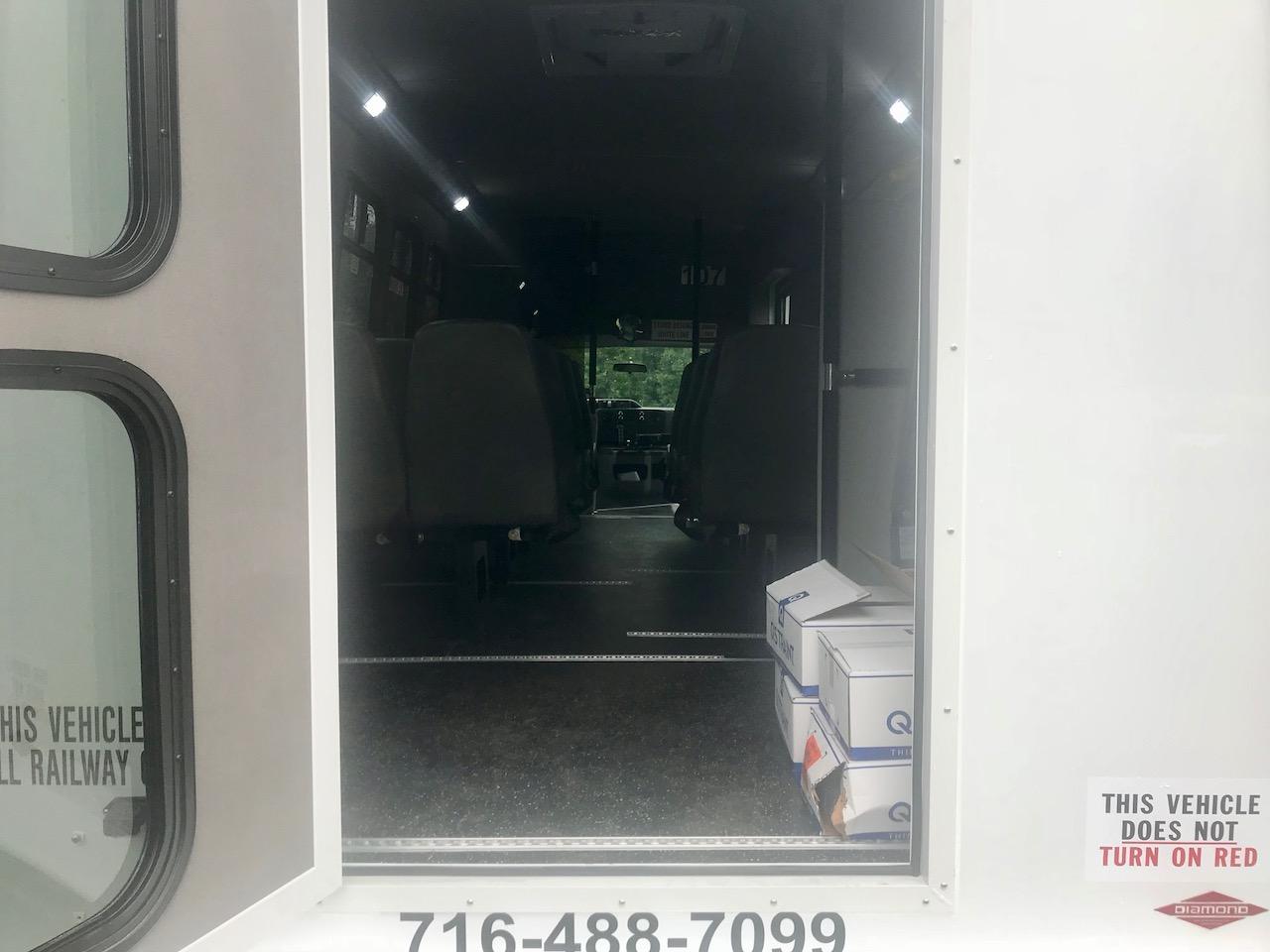 Diamond Coach - Corvus Bus - 9