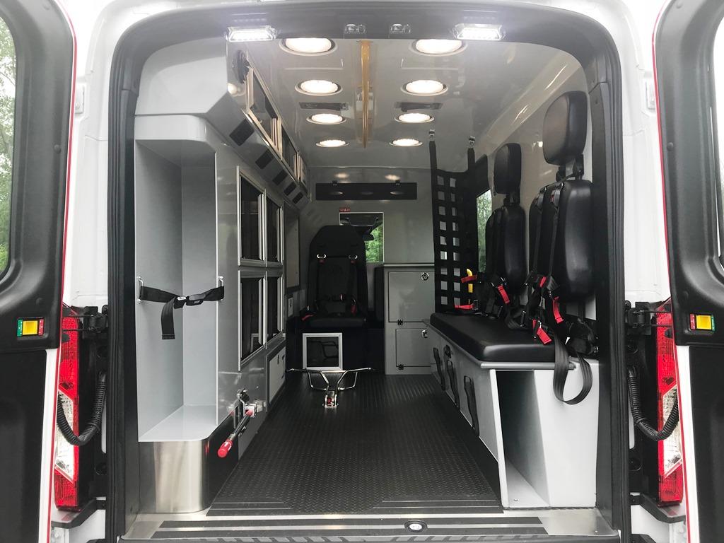 3_East-Coast-Ambulance-Medix-Ambulance-10
