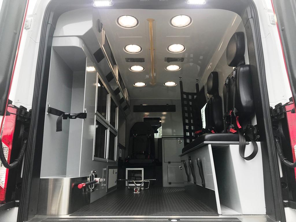 3_East-Coast-Ambulance-Medix-Ambulance-11