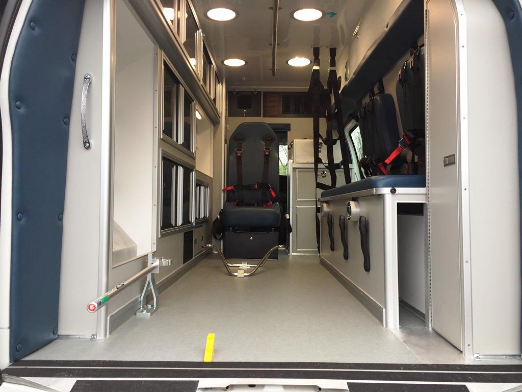 Erway-Medix-Ambulance-10