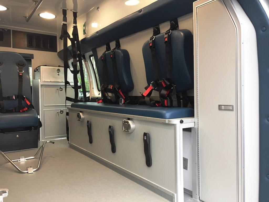 Erway-Medix-Ambulance-5