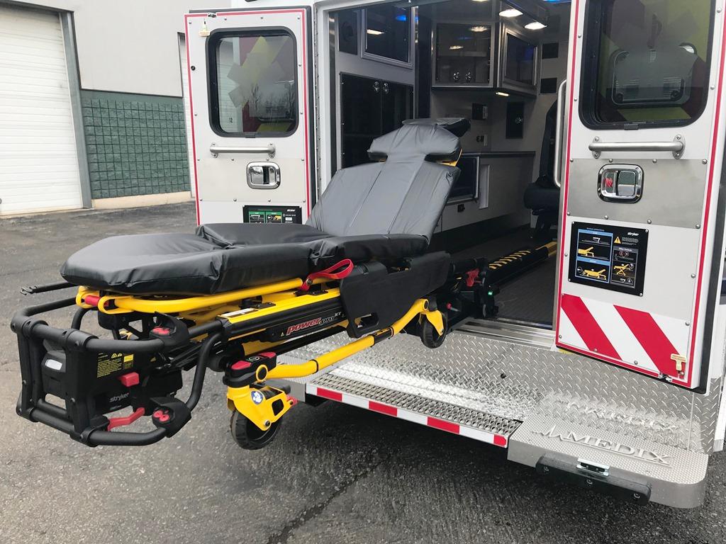 Medix Ambulance to Hinsdale - 16