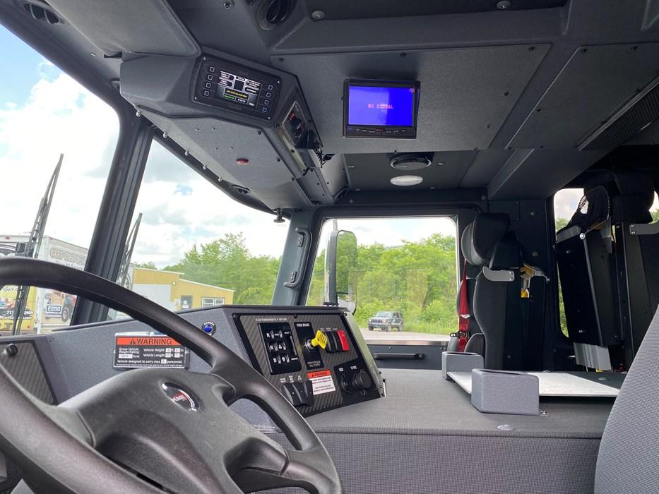 KME-Pumper-Truck-11040-10