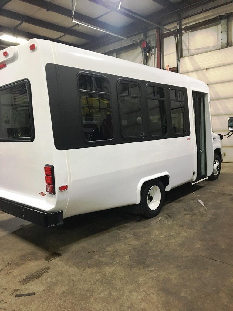 Diamond Coach Vip 2000 Shuttle Bus To Molloy College