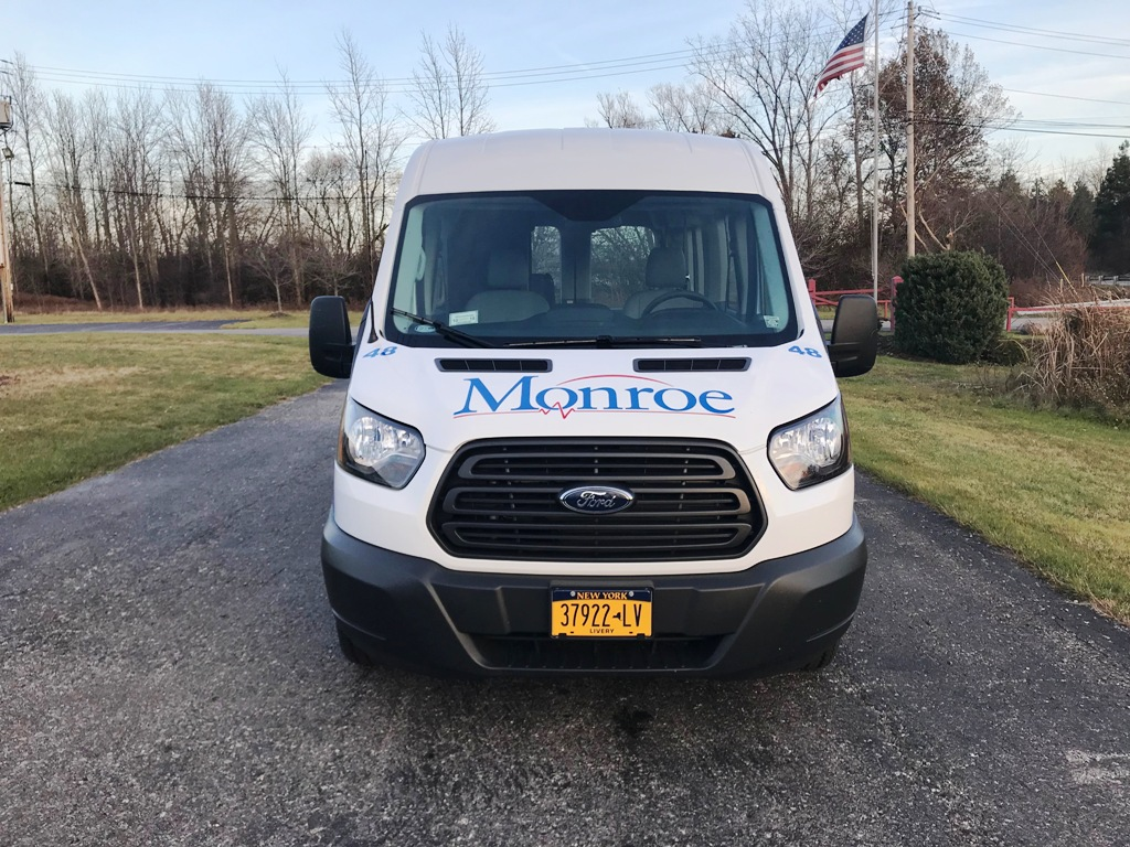 Monroe Ambulance - Paratransit stretcher van - 3