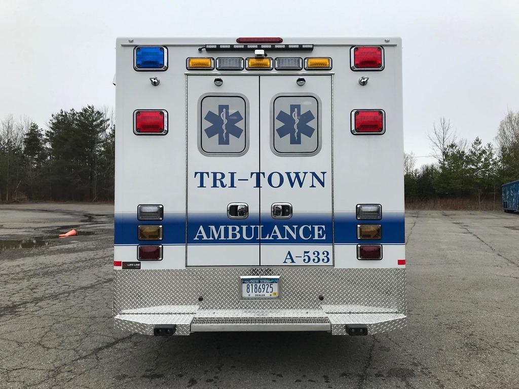 Tri-Town-Rescue-Squad-Life-Line-Ambulance-15