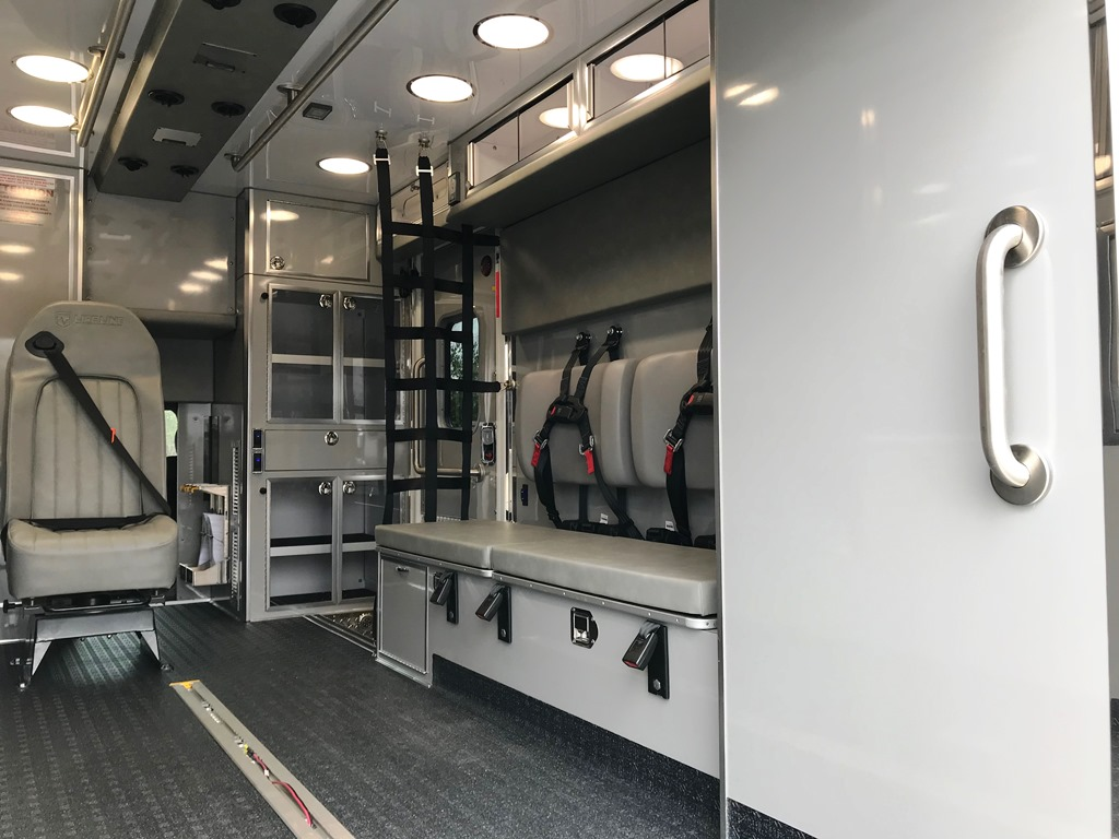 Tri-Town-Rescue-Squad-Life-Line-Ambulance-7