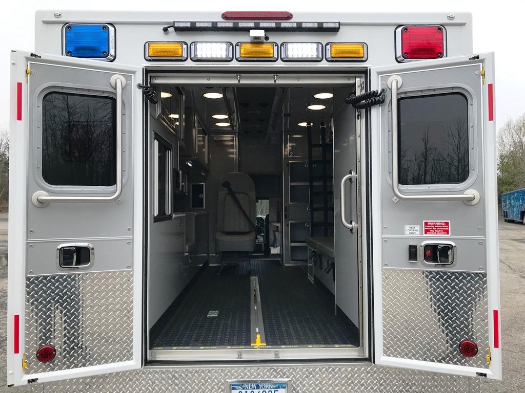 Tri-Town-Rescue-Squad-Life-Line-Ambulance-8