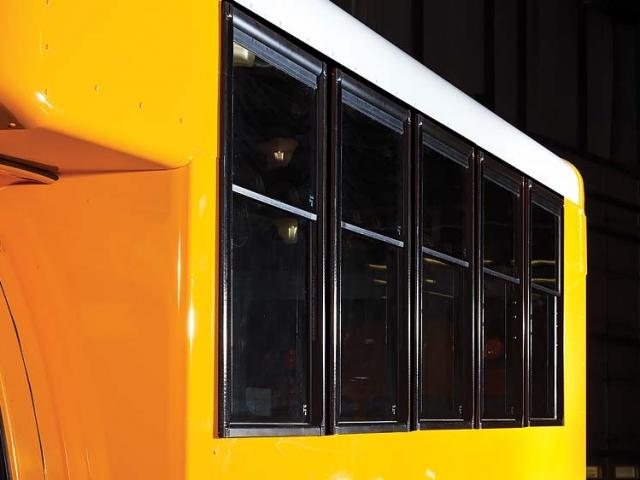 Collins Bus 001